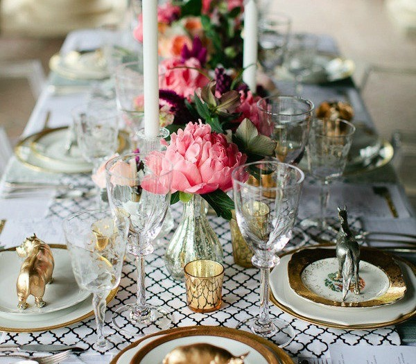 Summer Dinner Party Ideas Part - 45: Chic Table-scape Ideas For A Summer Dinner Party.